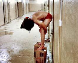 Gevangene op dozen in Iraq